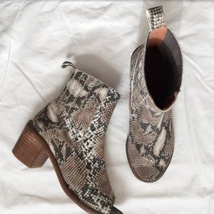 Shoes - Awesome snakeskin leather peep toe booties.